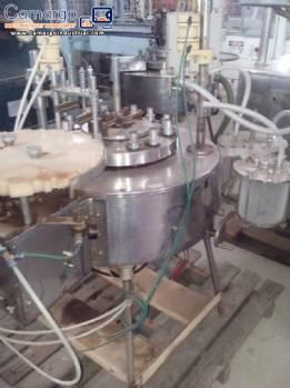 Filling machine for vials and flasks with stopper