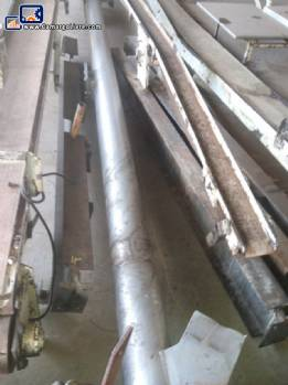 Conveyor with stainless steel screw