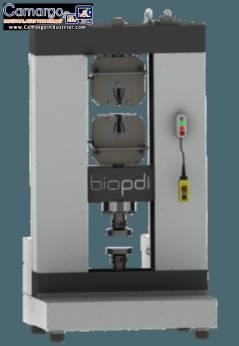 Universal material testing machine 100.000 kgf