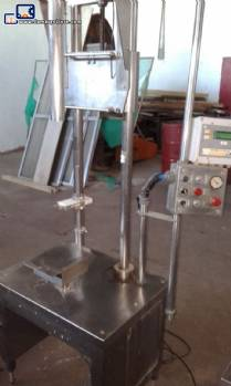 Flling machine for volumetric liquids in stainless steel Serac