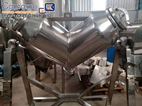 Stainless steel V mixer for powders and granules
