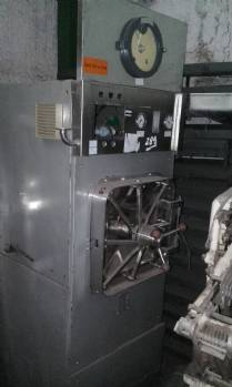 Industrial stainless steel autoclave manufacturer Lutz Ferrano